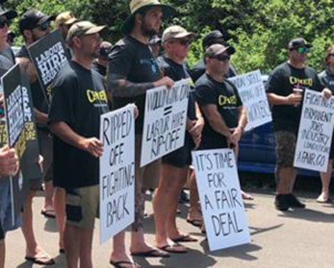 Wongawilli strikers vote to extend action