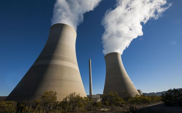 Mine, power station still under fire threat