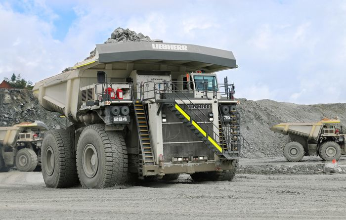 Liebherr goes large
