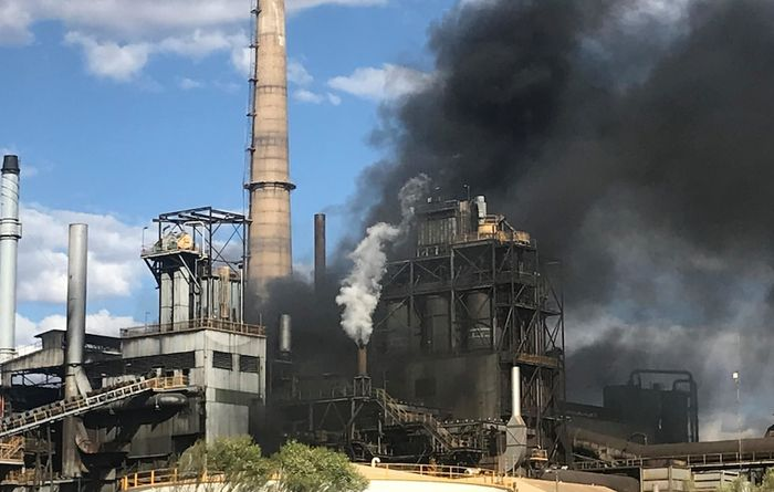 Smelter shut down after blaze
