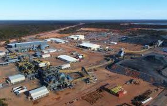 Worker dies at Nova mine