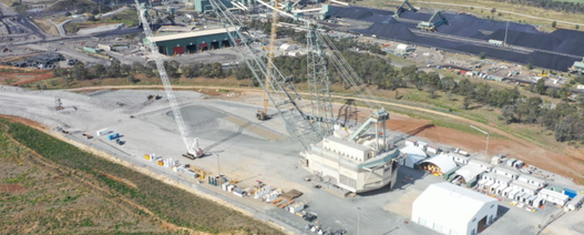 Schmidt steps in as New Hope CEO as Bengalla dragline shuts down