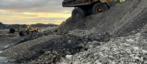 Mines warned on windrow standards after truck incident