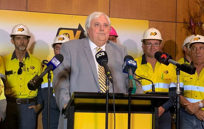 Palmer in port berth bid