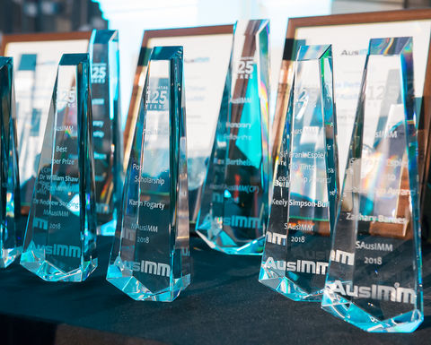 AusIMM bouquets for professional excellence in the resource sector