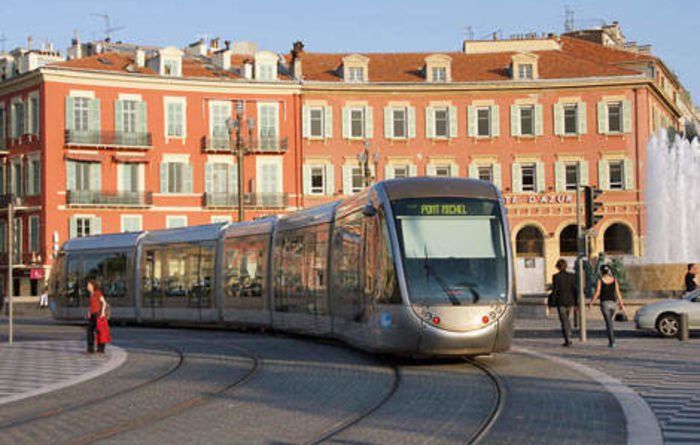 Tram batteries on the fast track