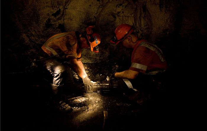 Wongawilli miner issues plague Wollongong in the December quarter