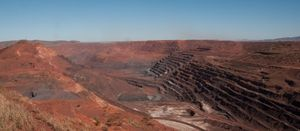 Pilbara pits staying put