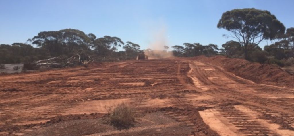 Hampton wins open pit contract