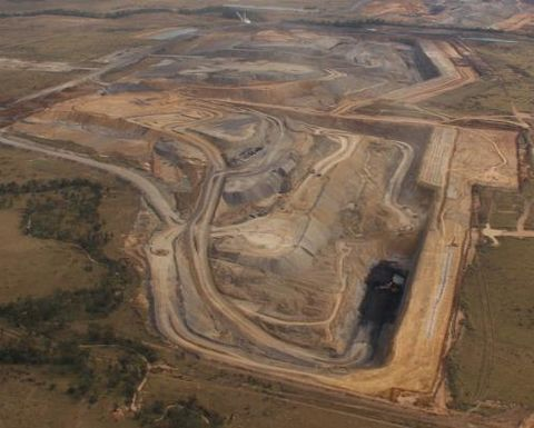 Golding to start mining at Isaac Plains in April
