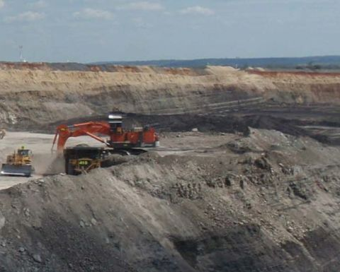 Acland mine isolated for 6-8 weeks